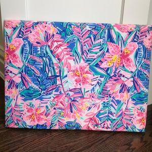 Pottery Barn/Lilly Pulitzer pinboard with pins